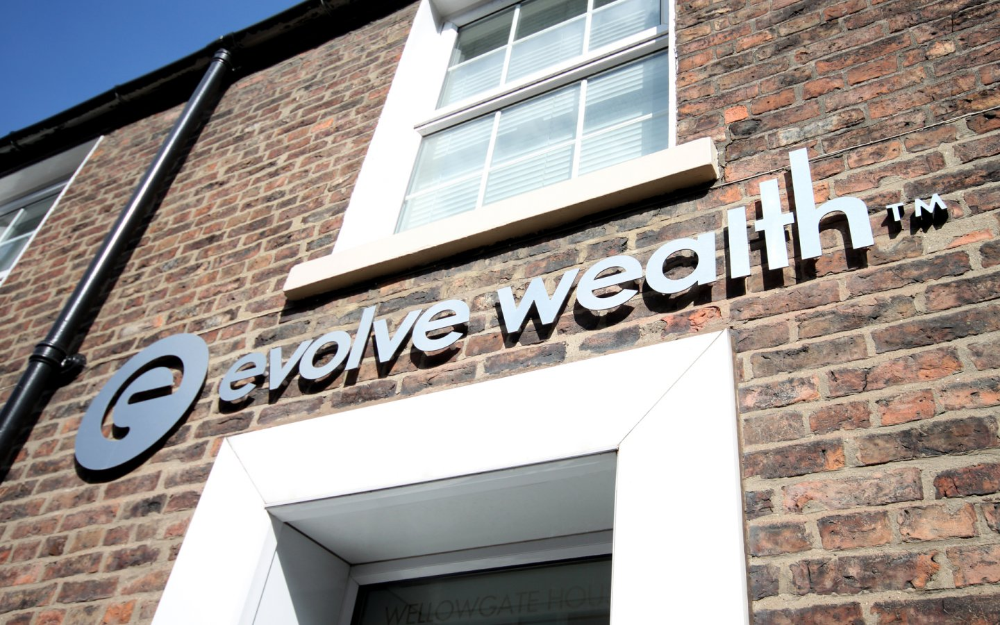 Evolve Wealth, Financial Adviser in Grimsby, Signage